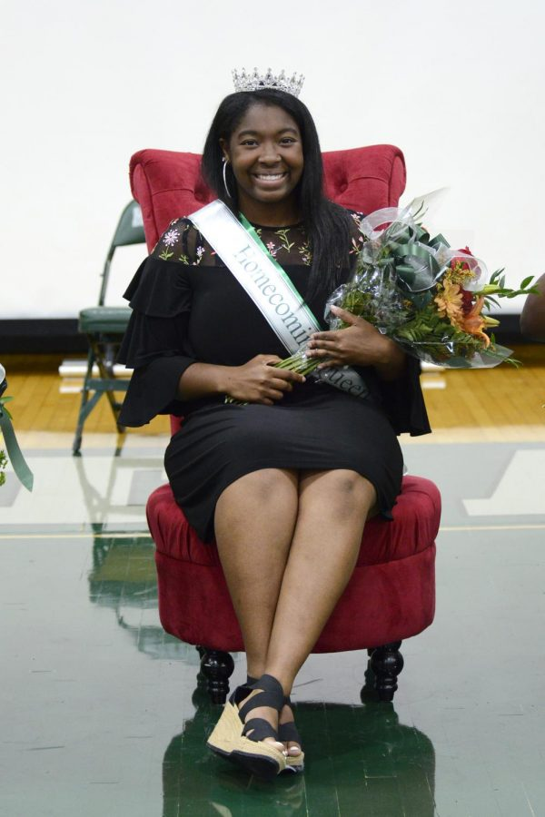 What it's like to be Homecoming Queen!