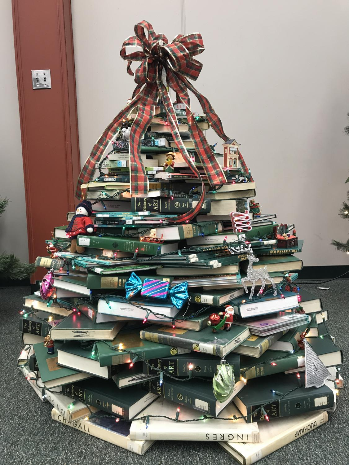 The LRC Christmas Tree for the Staff's Battle of the Trees.